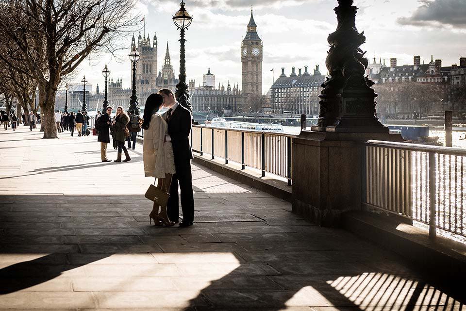 The Kiss London Embankment