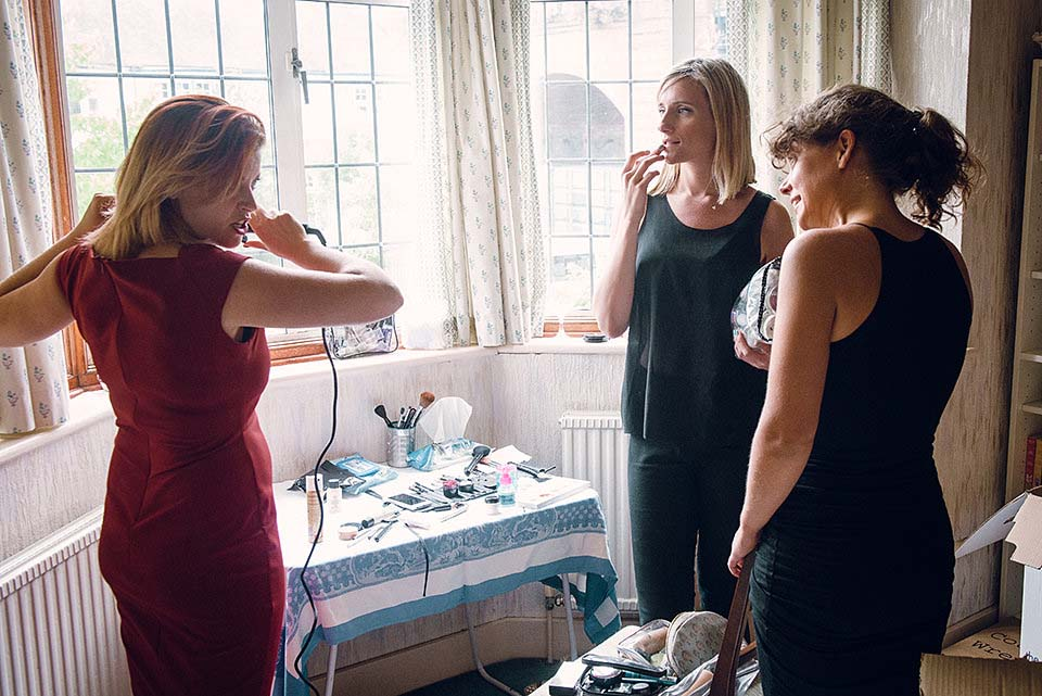 Bridesmaids Start To Get Ready