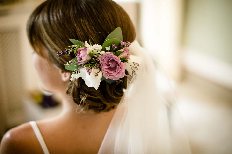 Flowers Brides Hair