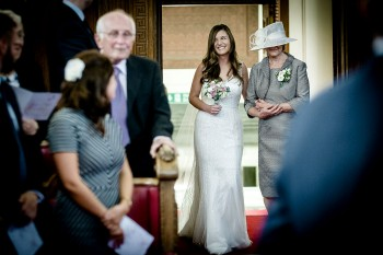London_Islington_town_Hall_wedding_photography015.jpg